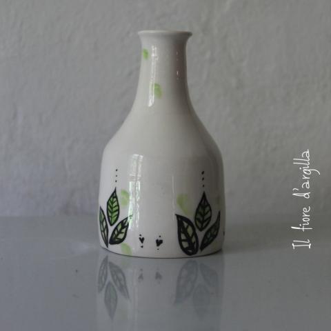 vaso  bottiglia foglioline