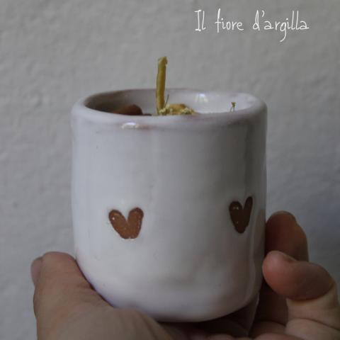 Candela naturale in bicchierino da caffè